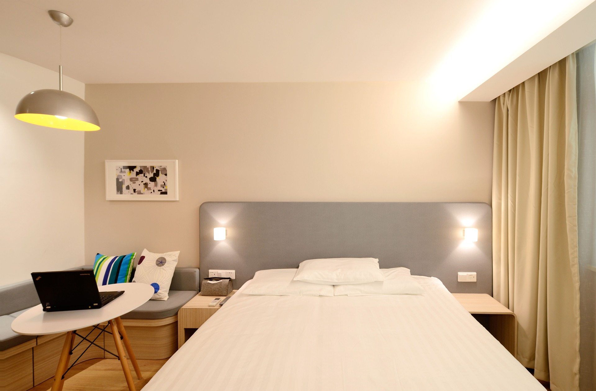 staging-hotel
